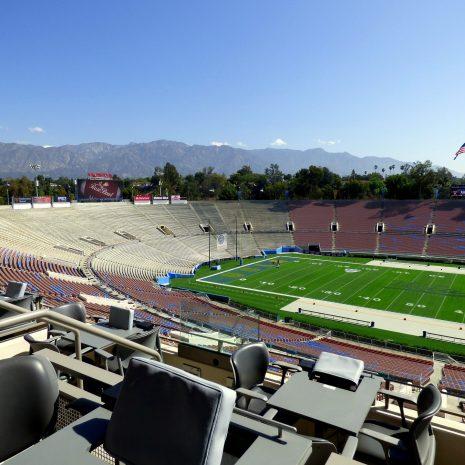 stadium-1054499_1920
