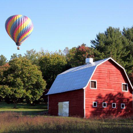 red-barn-676223_1920