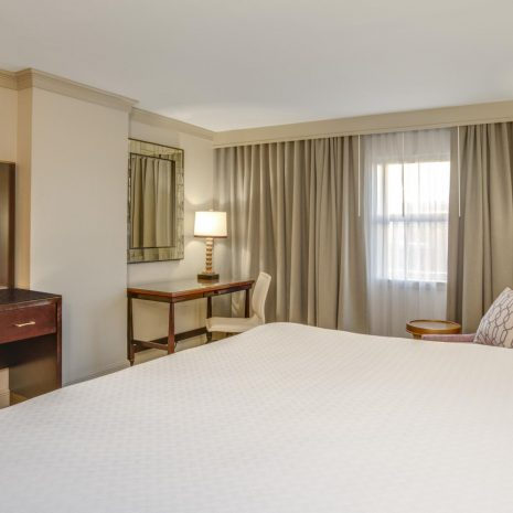 crowne-plaza-new-orleans-4357575916-2x1